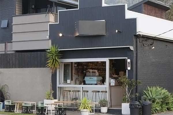 thiet-ke-quan-cafe-take-away-dep-thu-hut